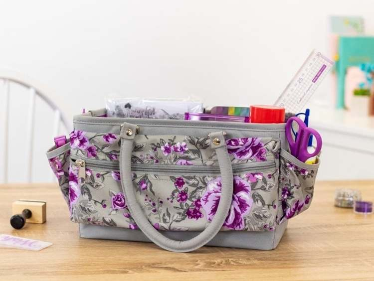 Crafter's Companion - DeLuxe Draagbare Tote - Paarse bloemen