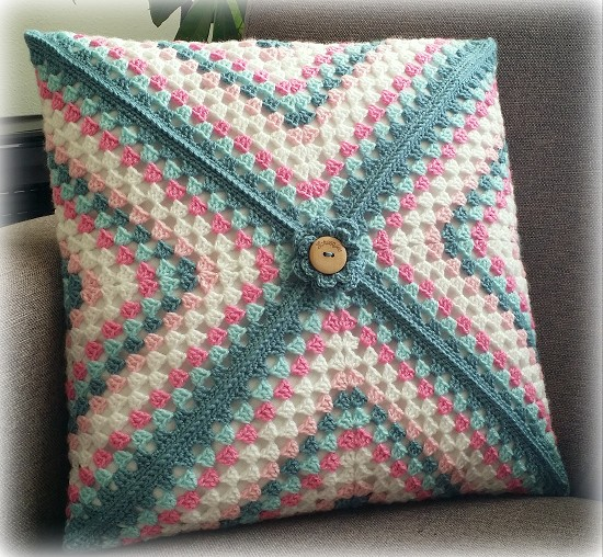 Granny Square kussen - Colour Crafter